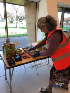 Community 360 distribute welfare packs