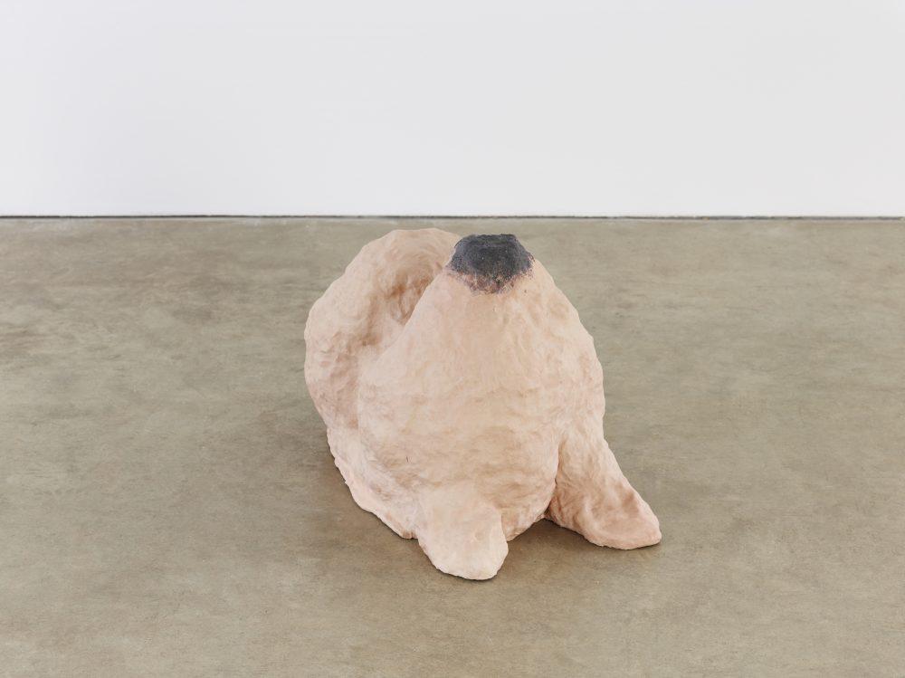 Photo of the sculpture 'Shame' (2014) by artist Katie Cuddon.